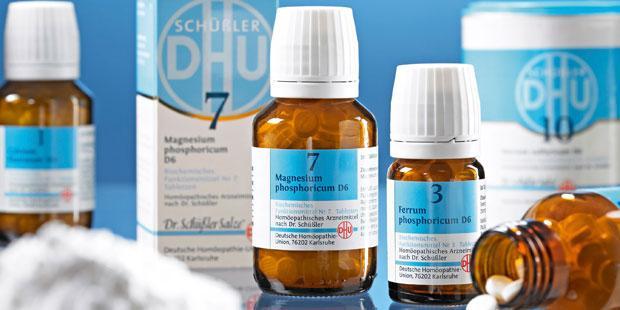 Dr. Wilhelm Schüßler ließ aus Mineralsalzen stark verdünnte homöopathische Potenzen herstellen, die in die einzelnen Gewebezellen eindringen sollten