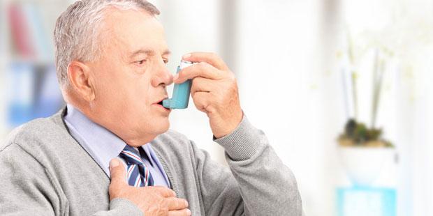 Die chronische Verengung der Atemwege bei Asthma bronchiale erhöht das Risiko für eine Übersäuerung