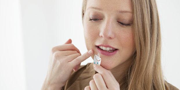 Bei Herpes helfen spezielle Herpespflaster