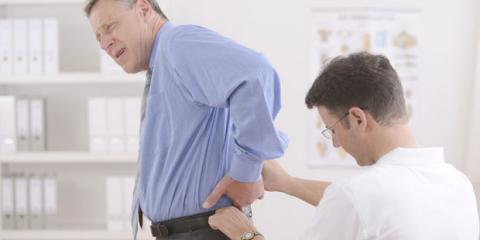 Chronische Rueckenschmerzen oft bei Menschen mittleren Alters