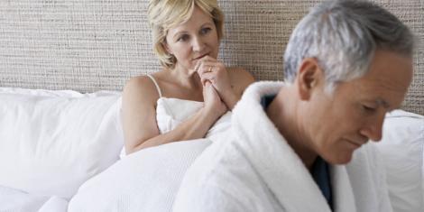 Wenn ein Mann jahrelang keine Erektion aufgebaut hat, kann sich dies negativ auf seine Erektionsfähigkeit auswirken