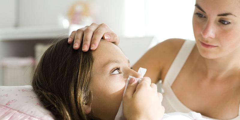 Mädchen mit Erkältung