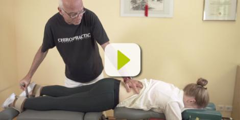 Mit der Flexionsdistraktion lässt sich oft auch eine notwendige Operation an den Bandscheiben vermeiden
