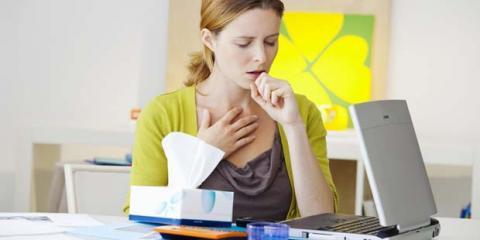 Frau mit akuter Bronchitis