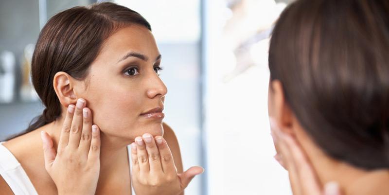 Junge, gesunde Haut besteht zu 80 Prozent aus Kollagen. Dadurch ist die Haut fest und stabil