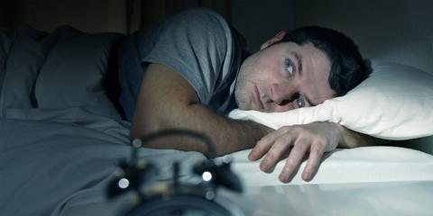 Ein Mann mit Schlafproblemen