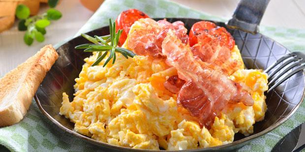 Vermeiden Sie fettreiches und cholesterinhaltiges Essen
