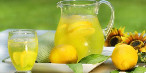 Zuckerhaltige Limonade bietet schnelle Hilfe bei Unterzuckerung
